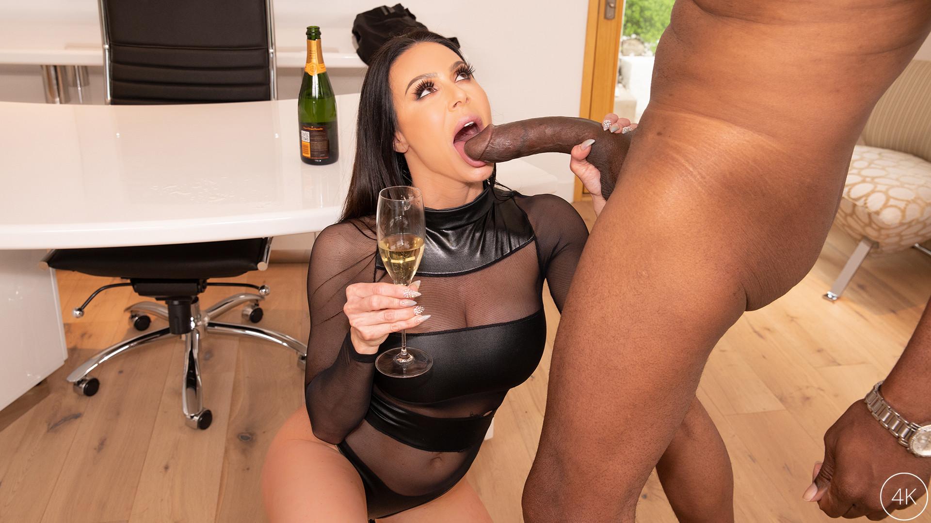 Download JulesJordan.com - Big Tit MILF Star Kendra Lust Has A BBC Celebration With Dredd