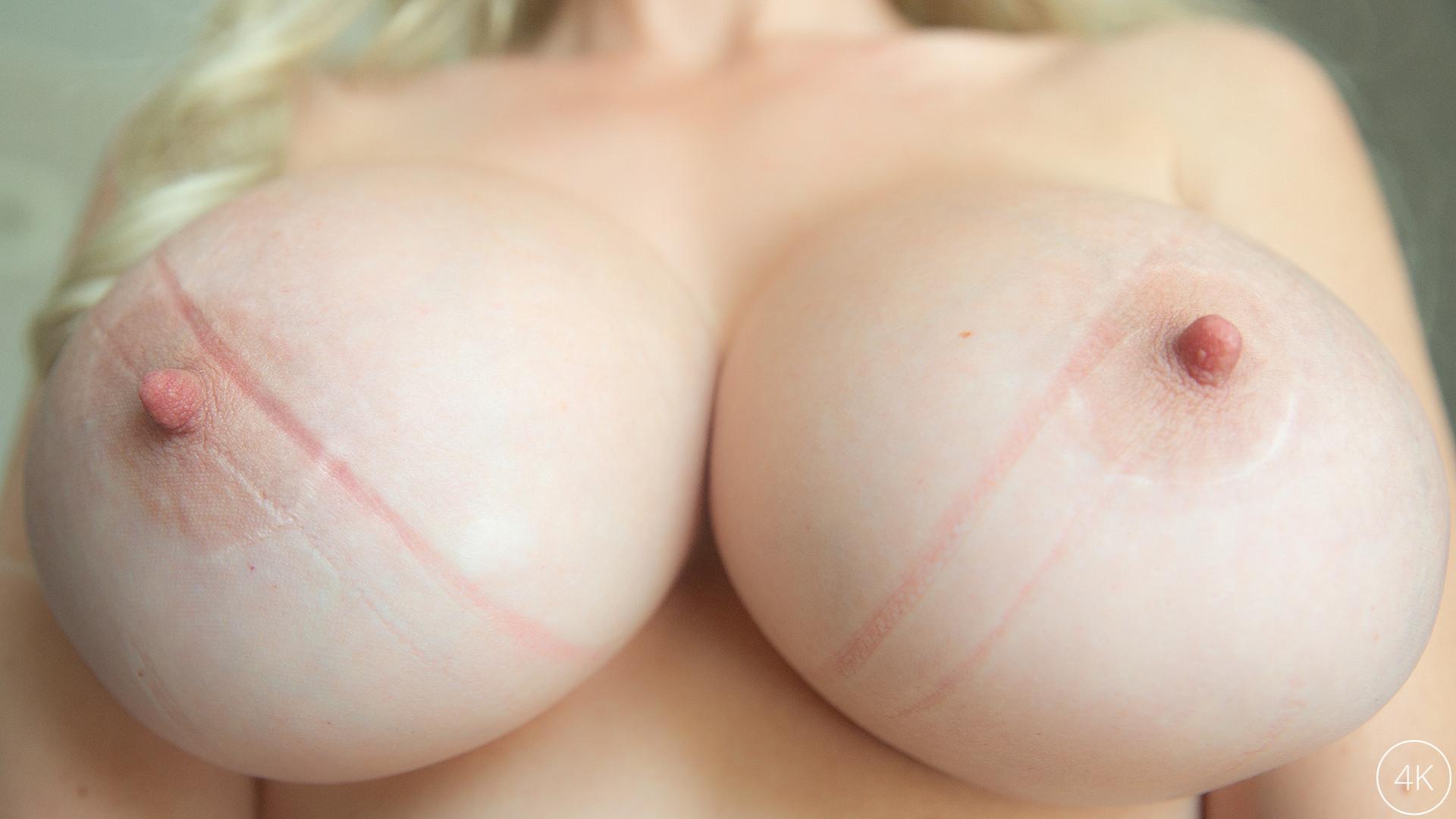 Download ManuelFerrara.com - Big Tit MILF Casca Akashova