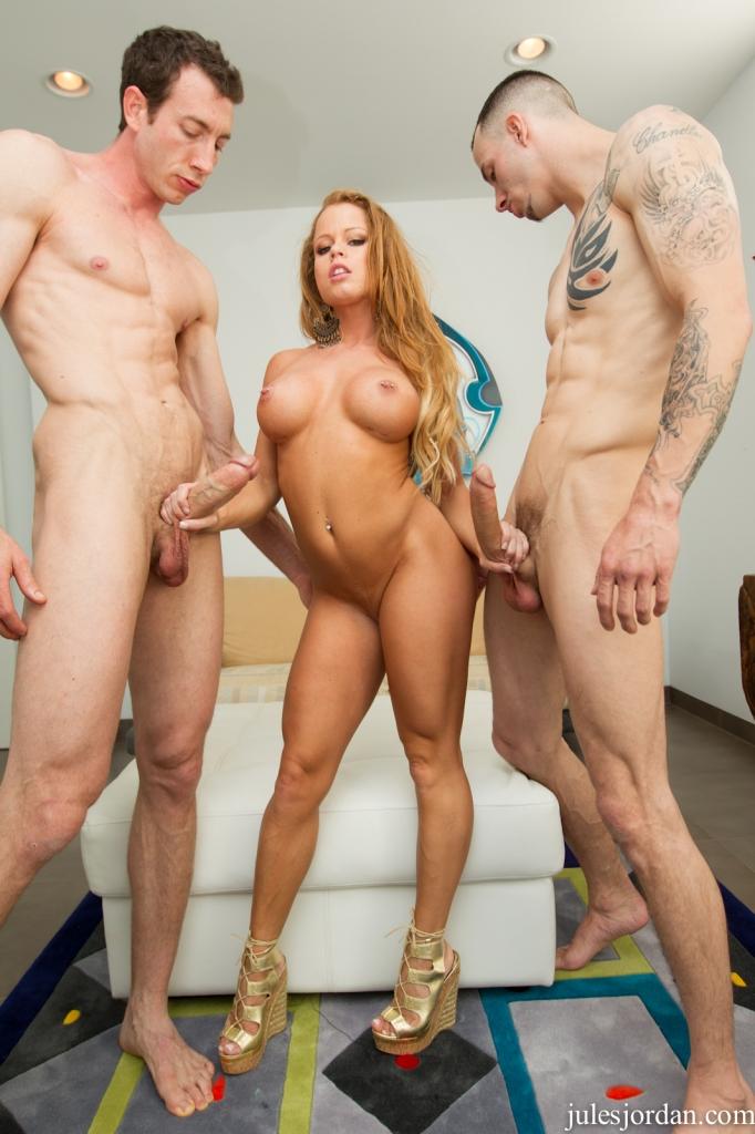 Pic Big tit on beach nude sex porn